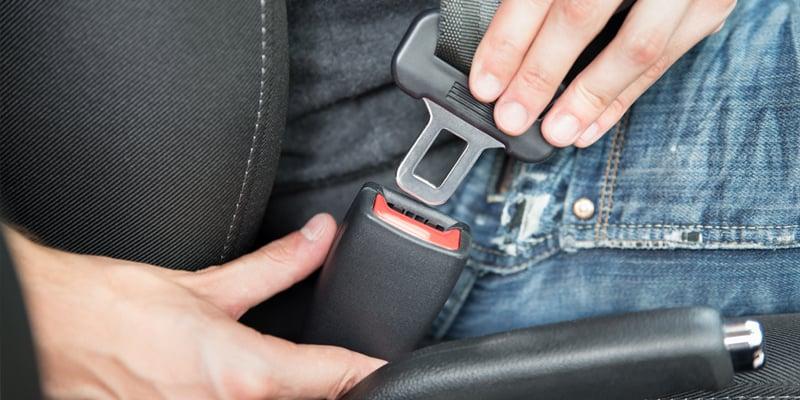 safety-car-seatbelt