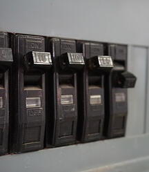 safety-electrical-breaker-switch-power