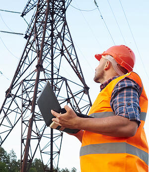 safety-electrical-power-lines-worker
