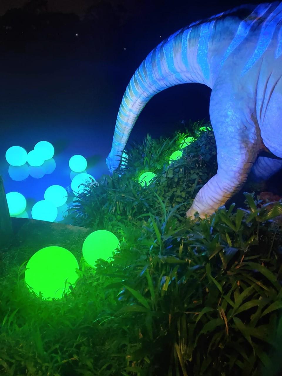 singapore dinosaur