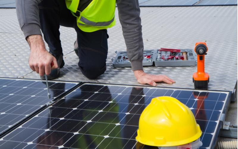 solar-worker