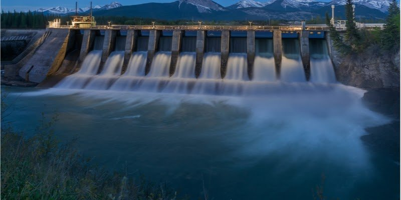 Here you see a Hydroelectric in Alberta, Canada