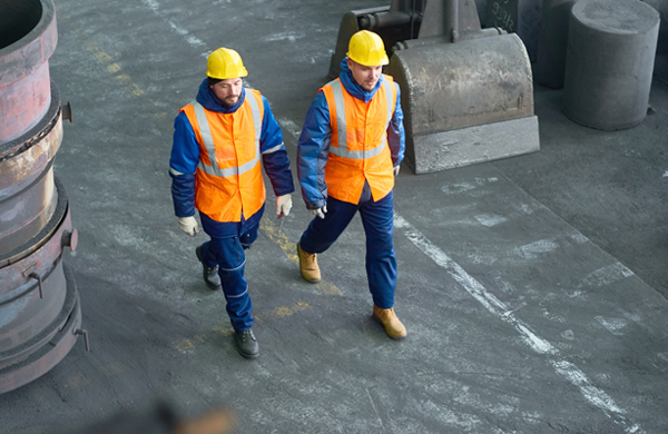 safety-walking-workers