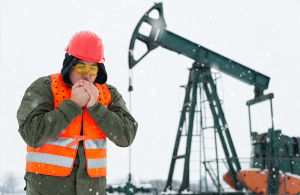 safety-winter-cold-weather-worker-oil